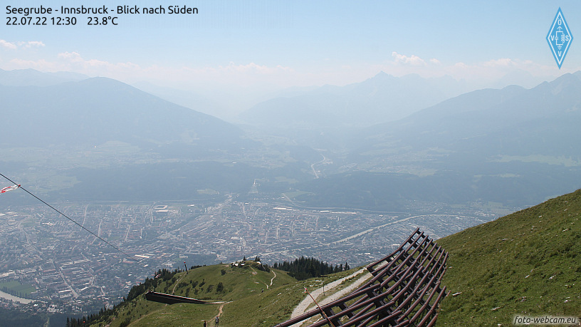 WEBkamera Innsbruck - pohled na Innsbruck a Wipptal od severu