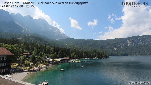 https://www.foto-webcam.eu/webcam/eibsee-hotel/current/640.jpg