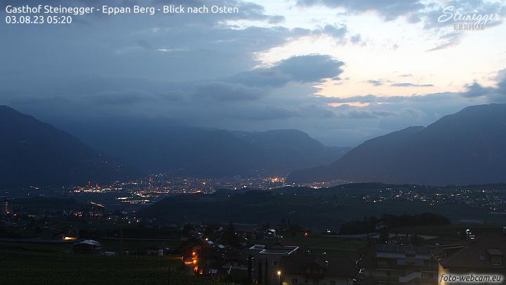 Appiano, vista verso est su Bolzano