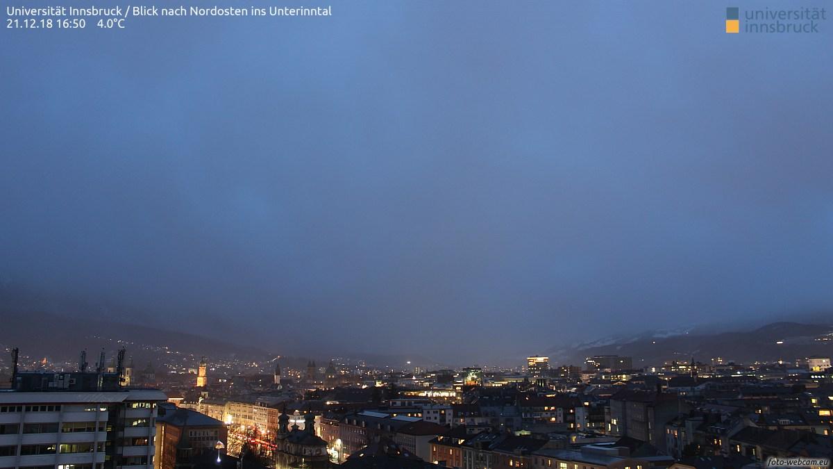 https://www.foto-webcam.eu/webcam/innsbruck-uni/2018/12/21/1650_lm.jpg