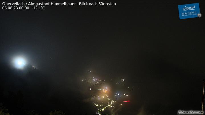 Das Bild zeigt die Aufnahme der Webcam vom GAsthof Himmelbauer in Overvellach. Man sieht das gesamte untere Mölltal mit dem Danielsberg auf welchem sich der Klettergarten Danielsberg befindet.