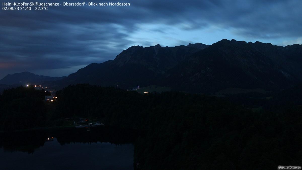 Externes Bild: https://www.foto-webcam.eu/webcam/skiflugschanze/current/1200.jpg