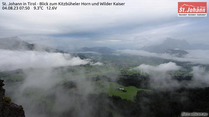 Blick zum Kitzbüheler Horn und Wilder Kaiser