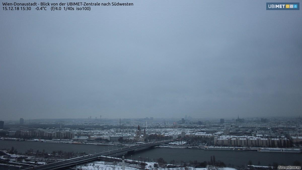 https://www.foto-webcam.eu/webcam/wien/2018/12/15/1530_lm.jpg