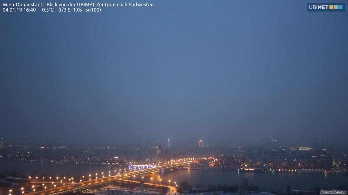 https://www.foto-webcam.eu/webcam/wien/2019/01/04/1640_lm.jpg