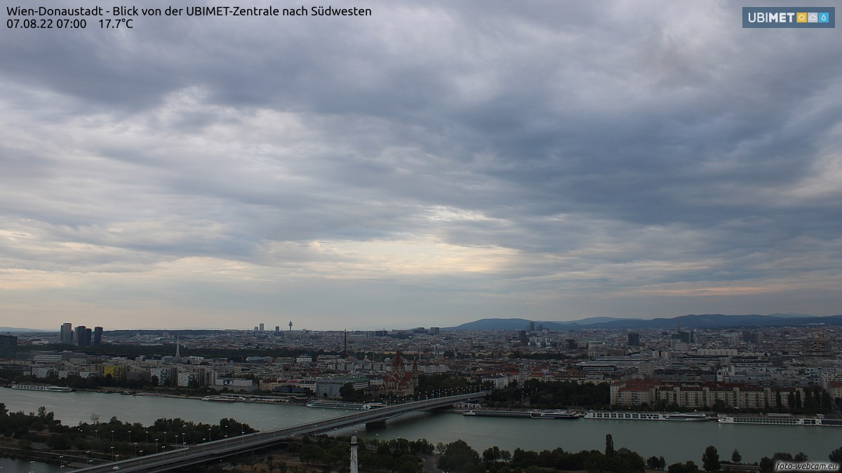https://www.foto-webcam.eu/webcam/wien/